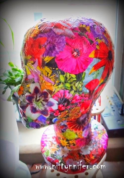 http://www.niftynnifer.com/2014/04/styrofoam-mannequin-royal-flower-make.html