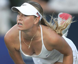 Hot tennis Star Maria Sharapova in nice poss
