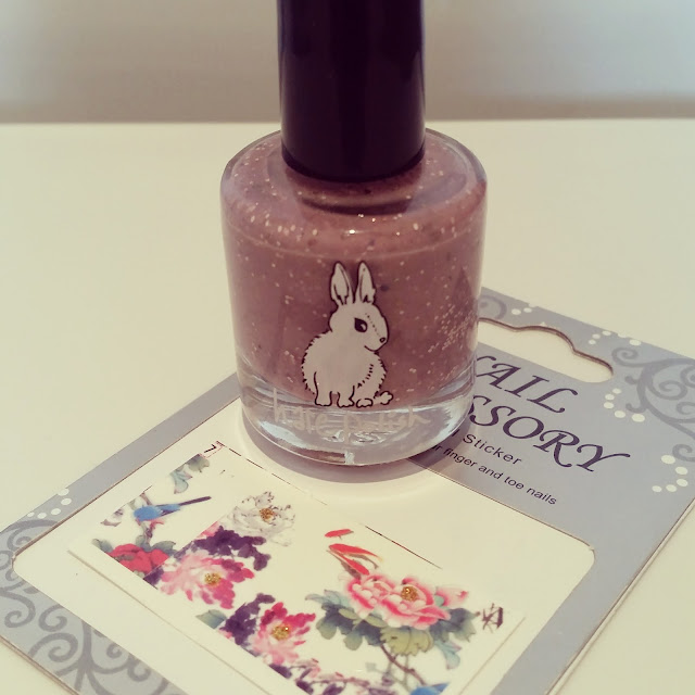 humpday-hare-polish-on-the-road-again-floral-transfer-nail-art (3)