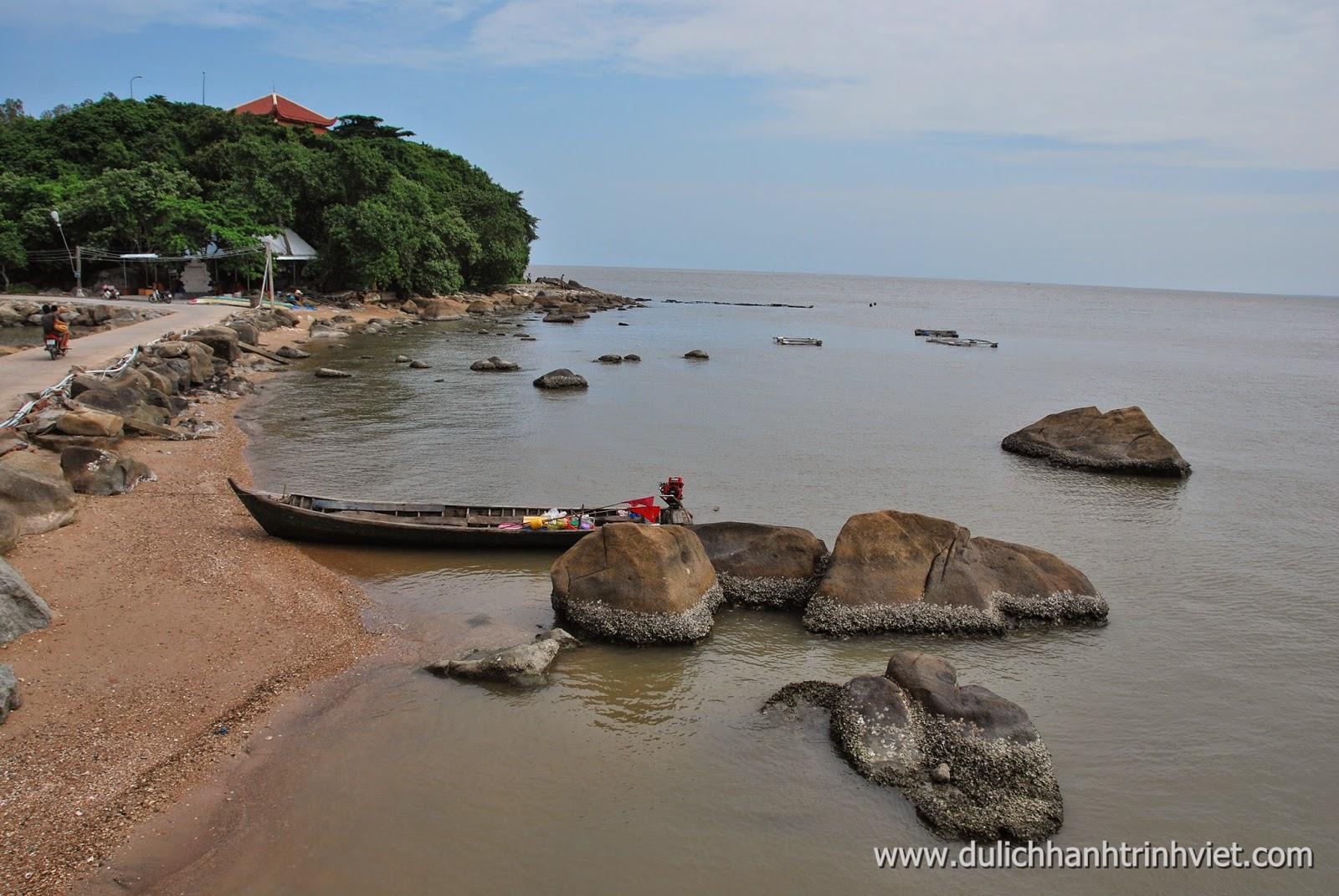 Du lịch đến Hòn Đá Bạc ở Cà Mau