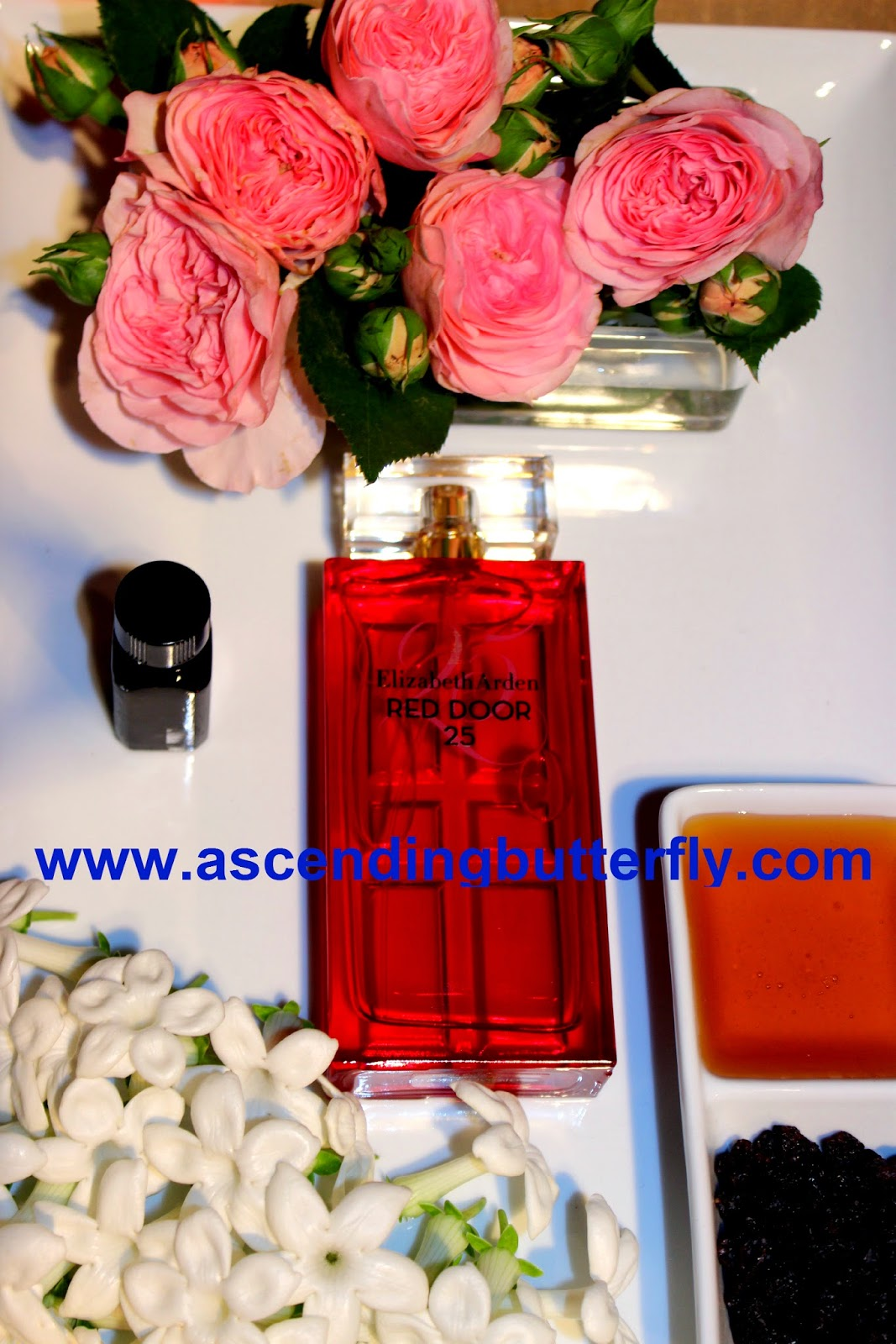Celebrate the Season Elizabeth Arden Red Door 25 Perfume #CelebrateInStyle, Fragrances, Scents