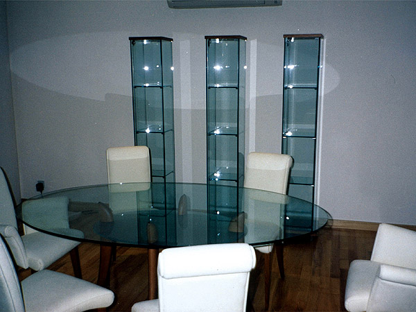 modern living room design ideas with glass furniture