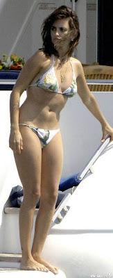 penelope cruz bikini
