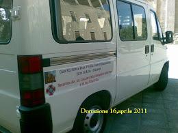 16,aprile 2011 Donazione Minibus 9 posti Consegna la Dr.ssa Basciu e il Cav.Pilia
