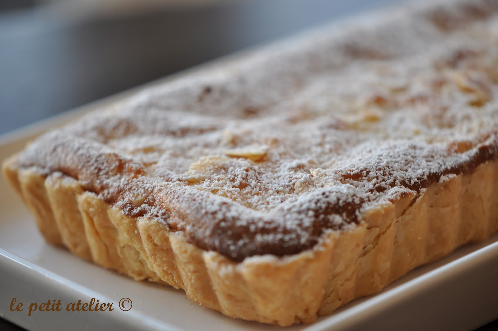 Pear And Almond Tart Recipe — Dishmaps Almondy Taart