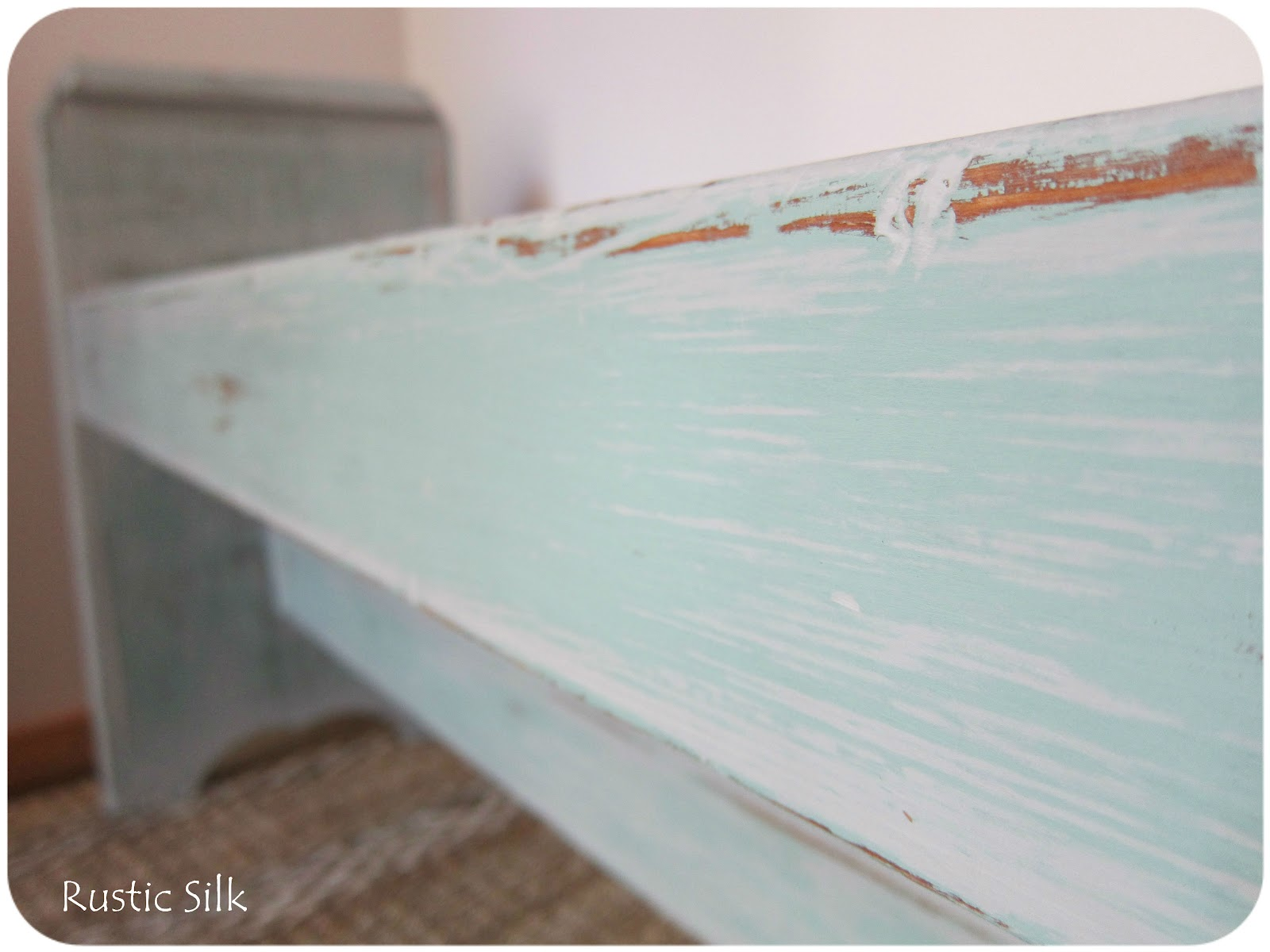 the other thing i thought id mention if you dont like the texturestreaks of chalk paint like the unfinished bed frame below painted with two coats bench painted chalk paint