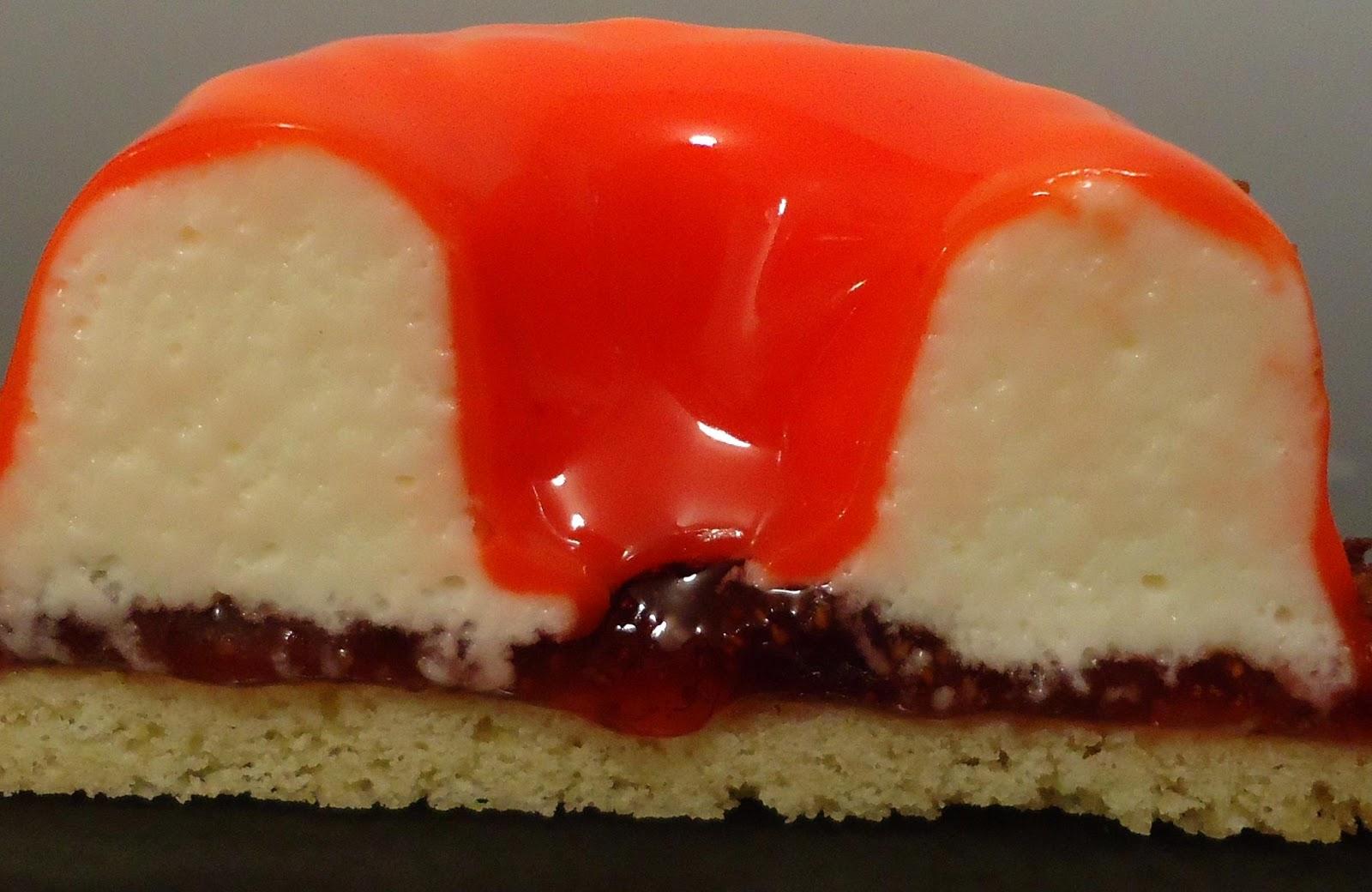 Minicuisine entremets confiture de fraises et mousse z phyr for Miroir rouge