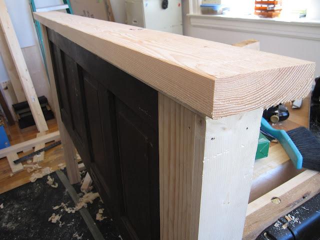 how to make a door in build