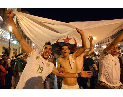 منع عرض مباراة الجزائر وألمانيا في باريس