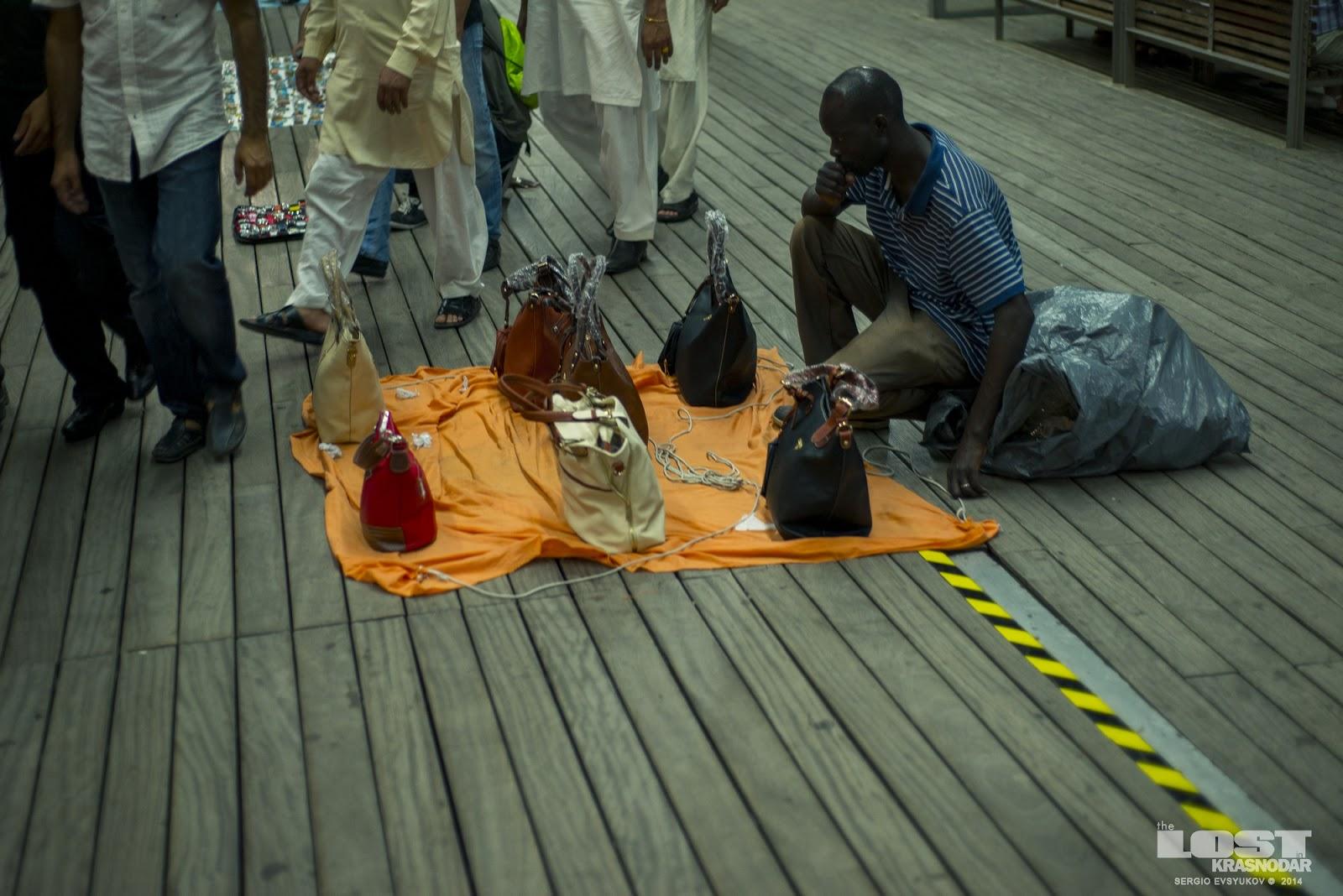 Street vendors fakes Barcelona
