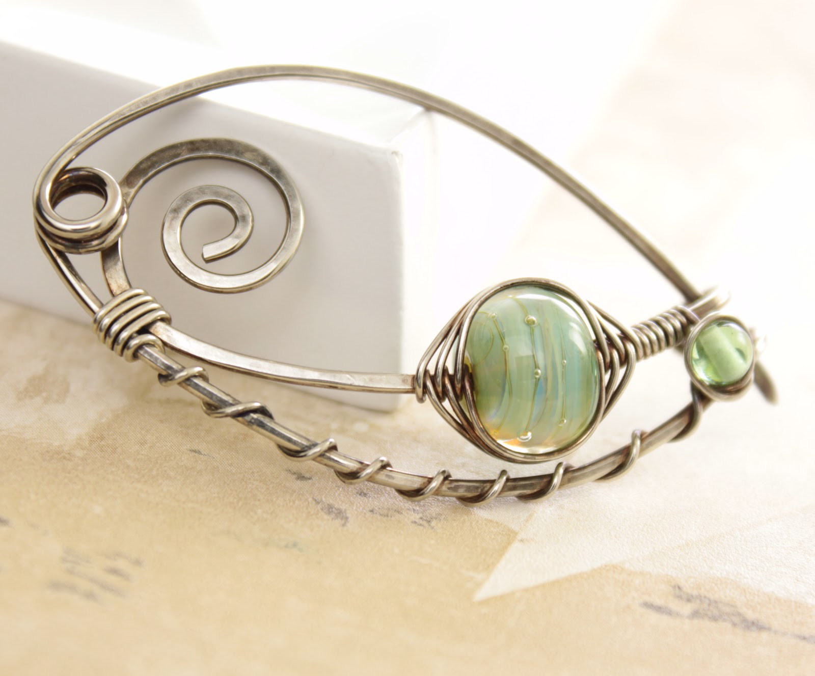 Shawl pins, jewelry and knitting accessories