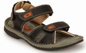 Hurry!!! Best Deal: Lee Cooper Black Sandals worth Rs.1599 for Rs.800 Only at Jabong (Lowest Price Deal for Today Only)