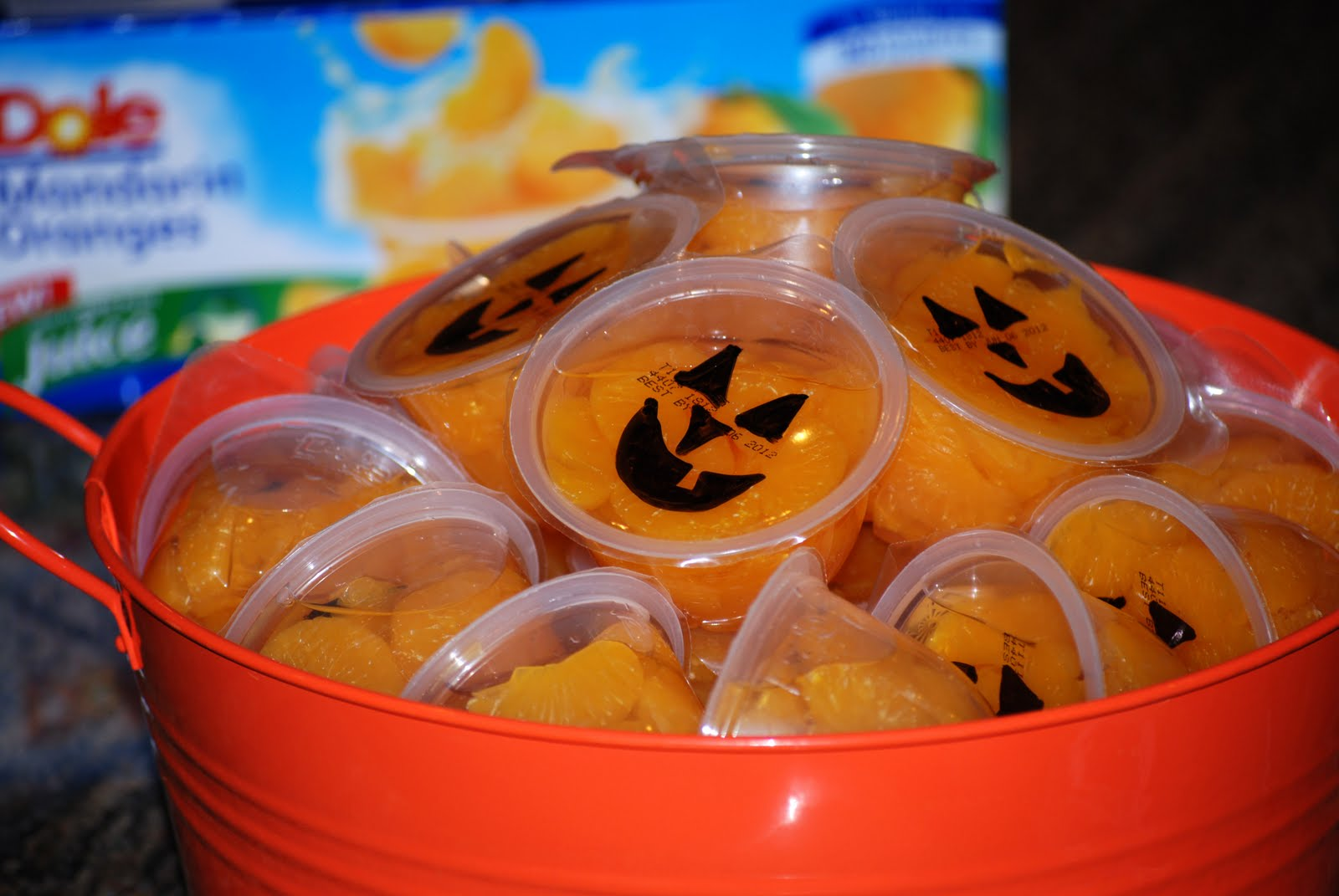 Cute food for kids 35 fun simple and healthy halloween treat ideas forumfinder Choice Image