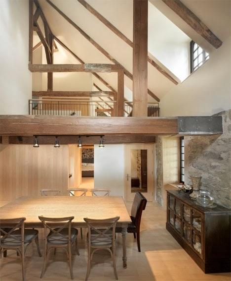 architect henri cleinge nam de uitdaging aan een bouwde een schakelelement tussen oud en nieuw en verbouwde de oude hoeve het is gelukt door goed gebruik