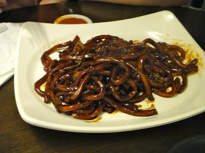 KL Jalan Alor Black Hokkien Mee at Malaysian Food Street Sentosa
