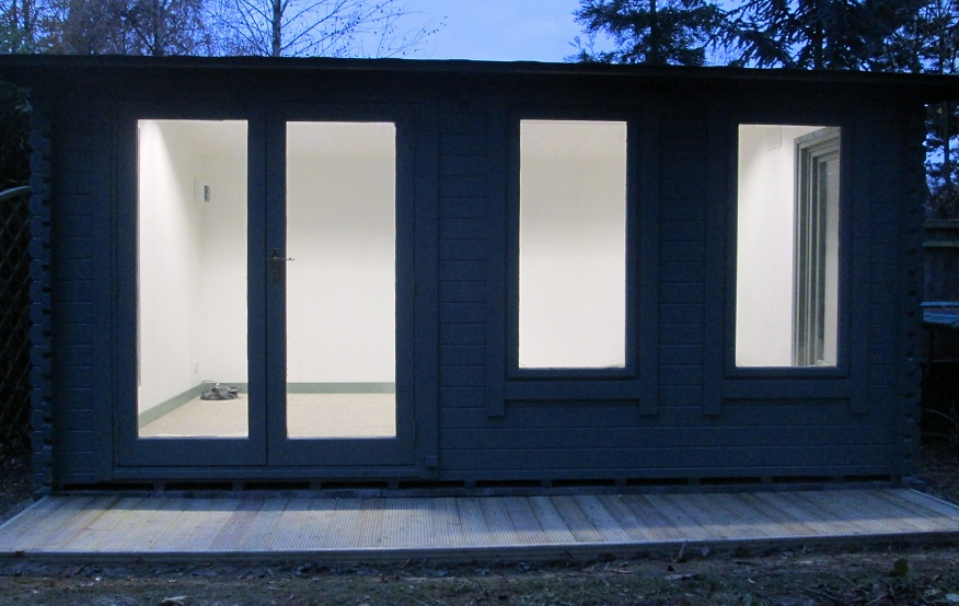 Southwick 39 S Garden Offices Latest Insulated Garden Studio