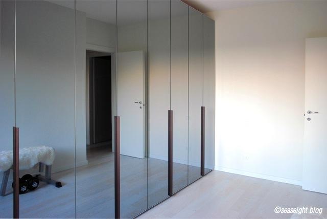 Seaseight design blog my new house chronicle the - Armadi a specchio ikea ...