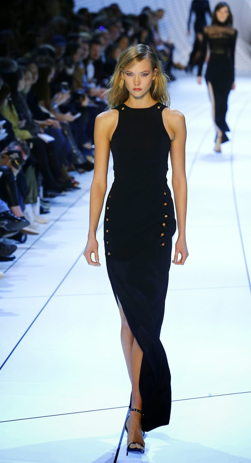 Fashion Model @ Karlie Kloss At Mugler Fashion Show In Paris