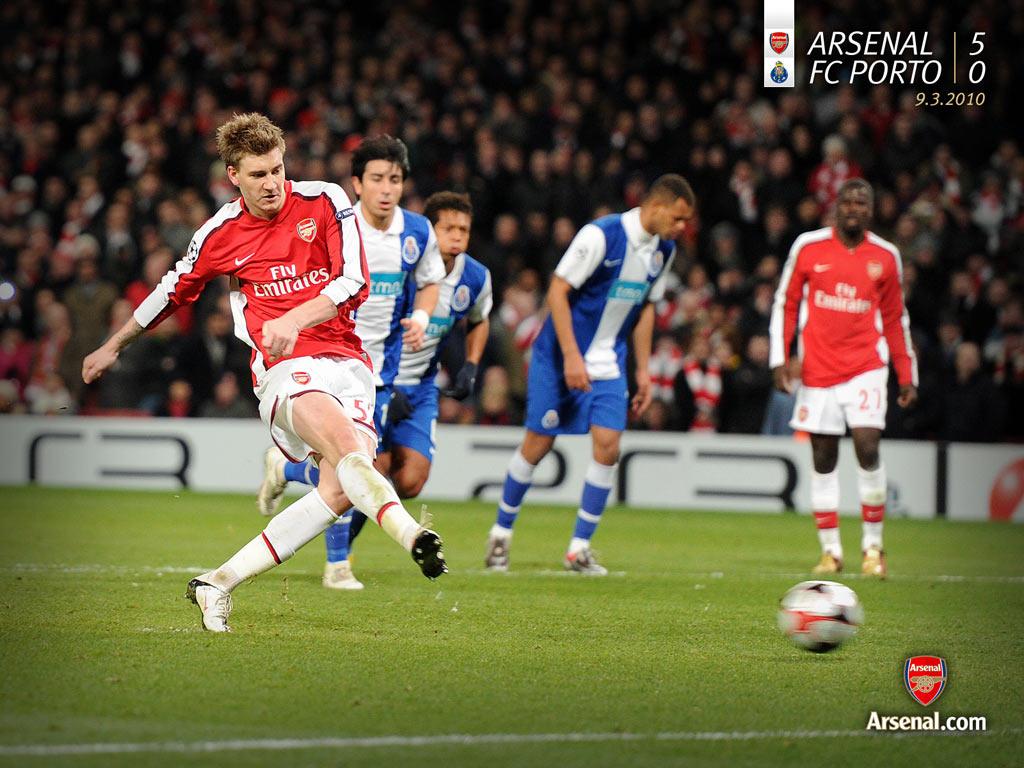 Nicklas Bendtner, Arsenal football club player scores against Porto in ...