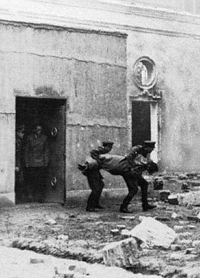 Hitler's Last Refuge: FUHRERBUNKER (LARGE PICTURES)