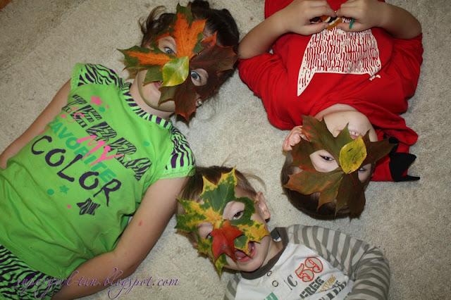 маски из осенних листьев