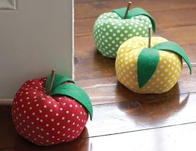 Creative Doorstoppers and Unusual Doorstops (15) 6