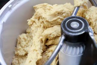 dough-in-mixture