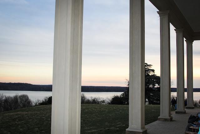 Mount Vernon portico overlooking Potomac River