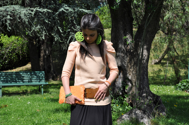 MAXI DRESS: H&M ,BRACELET: Bergè and Cruciani , EARRINGS : Le Gille , WEDGES: Twin-set, BAG and BLOUSE: Zara , BELT: no brand , NAILPOLISH: Revlon  + Chanel 219 black satin