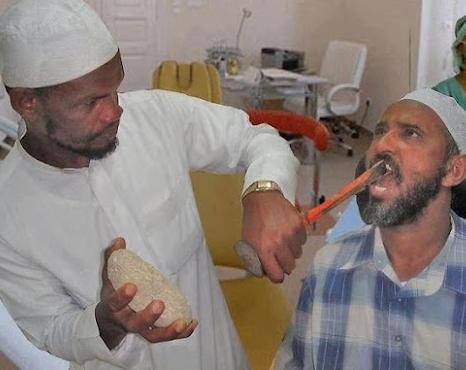 Um bom dentista com tratamentos gratuitos