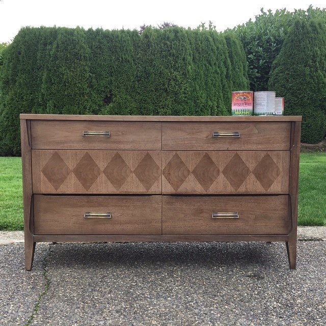 #thriftscorethursday Week 37 | Instagram user: theweathereddoor shows off this Diamond Veneer Dresser