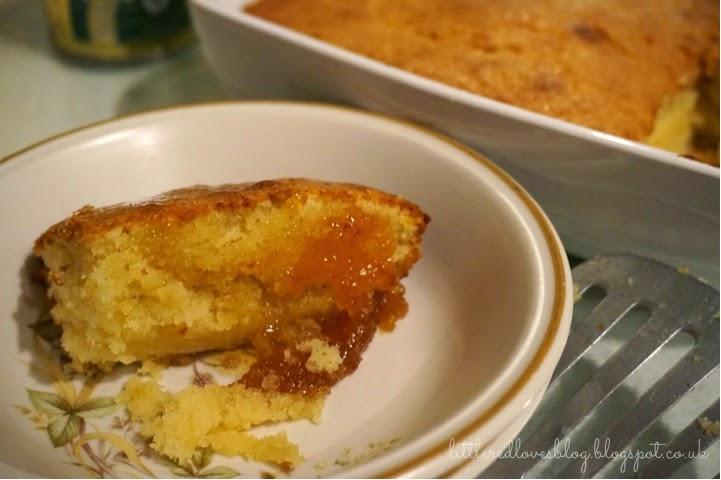 Little red loves little red 39 s easy treacle sponge oven for Treacle sponge pudding oven