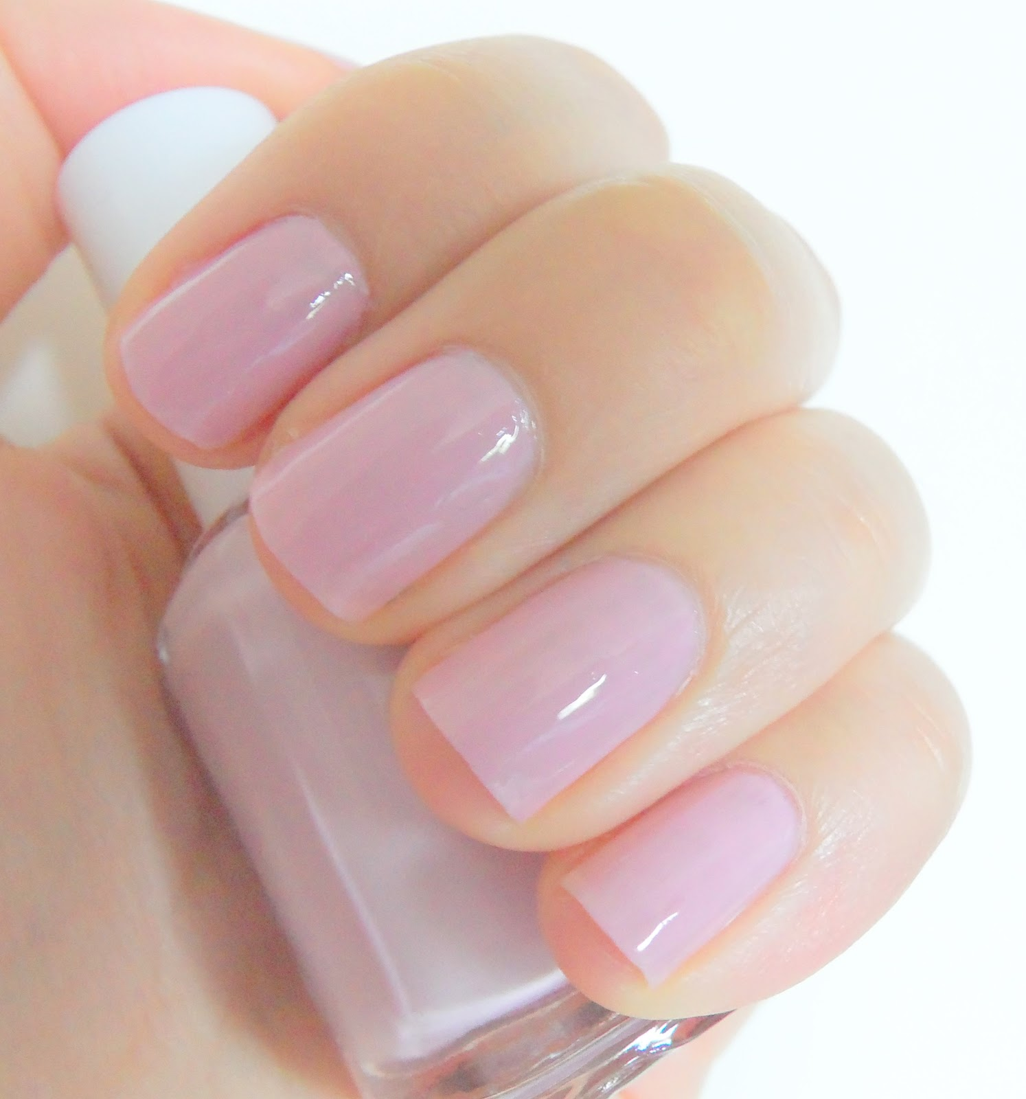 Essie Nail Polish Neo Whimsical, Review & Swatch