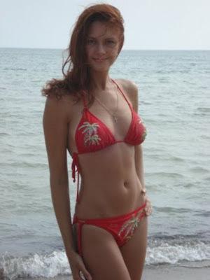 Russian Bikini Hot Girls Pictures