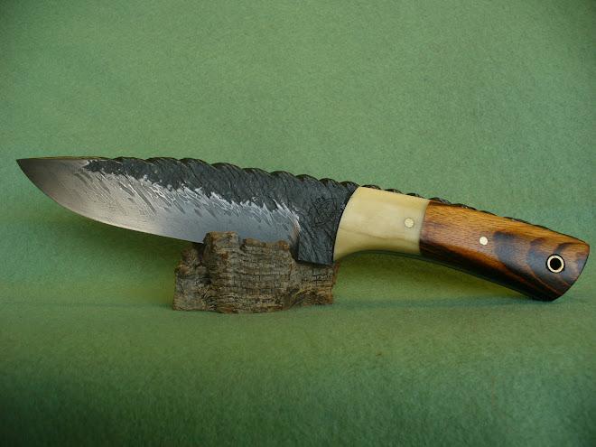 "Damasco de cable ""torzal"" forja en bruto,madera de gateado y hueso"