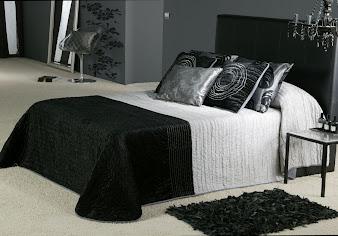 #2 Black Bedroom Design Ideas