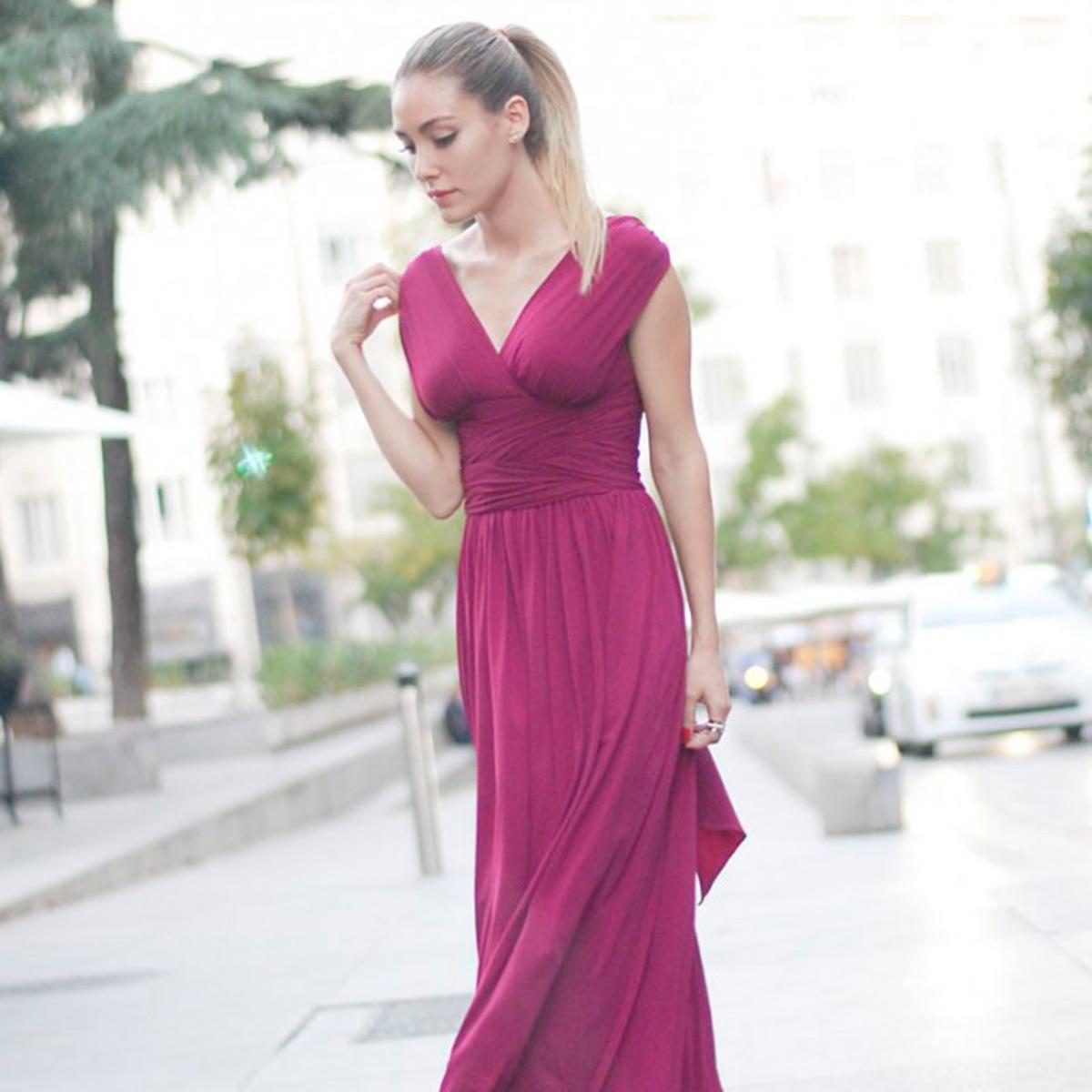 Alquiler de vestidos y accesorios - Dresseos