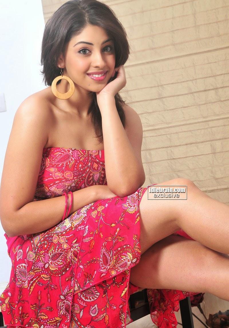 Richa Gangopadhyaya pink