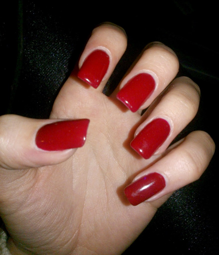 The world I live in..: Show me your nails
