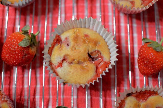 Optiwell Strawberry Yogurt Drink Breakfast Muffins