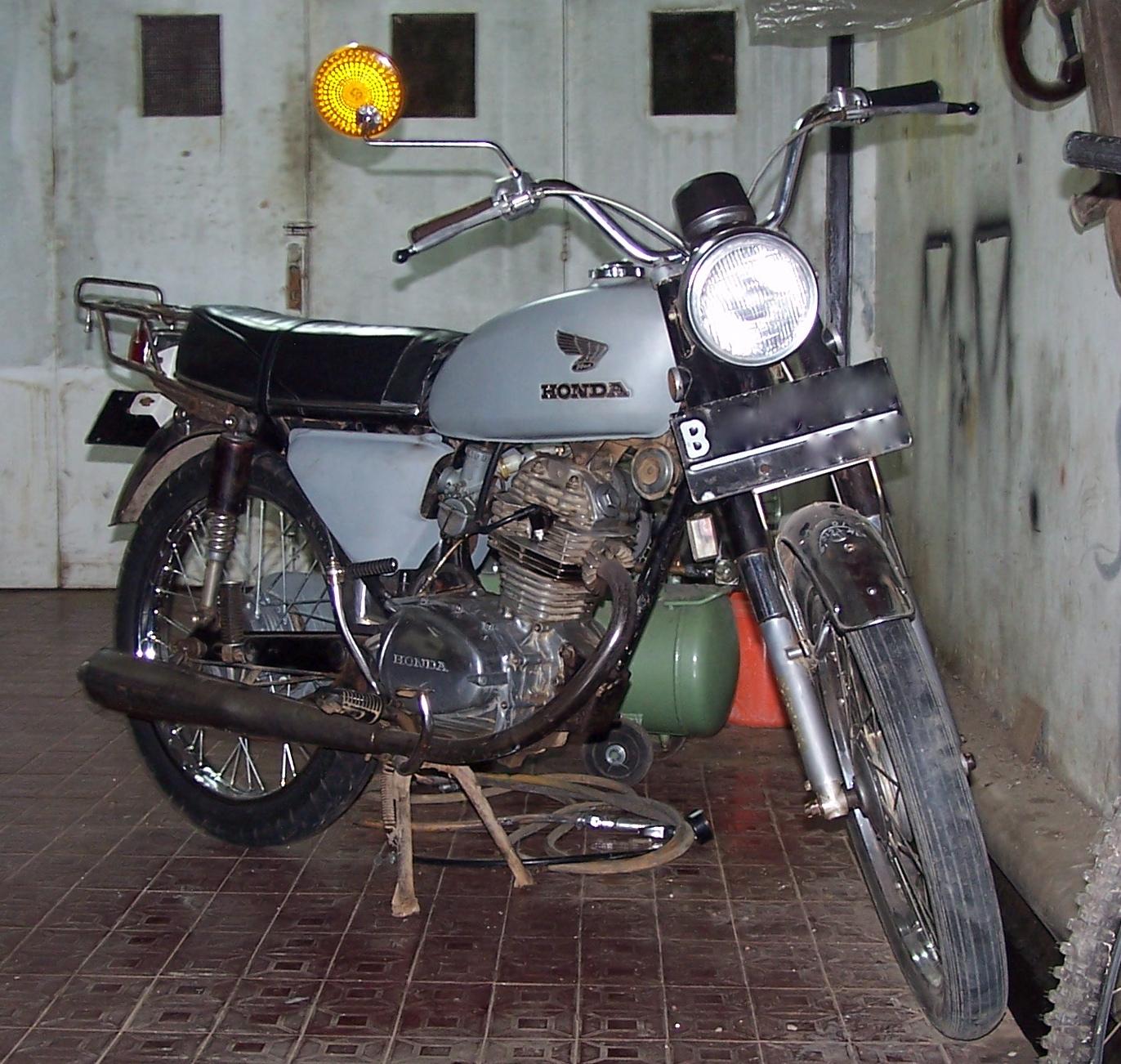 1973 Honda Cb 125 Candy Blue Green Pb 2c S  #5C4B48