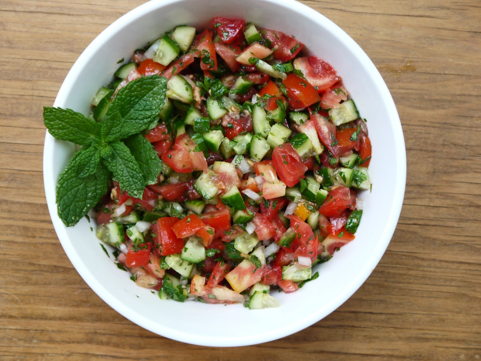 middle eastern cucumber tomato salad 2 small cucumbers diced finely