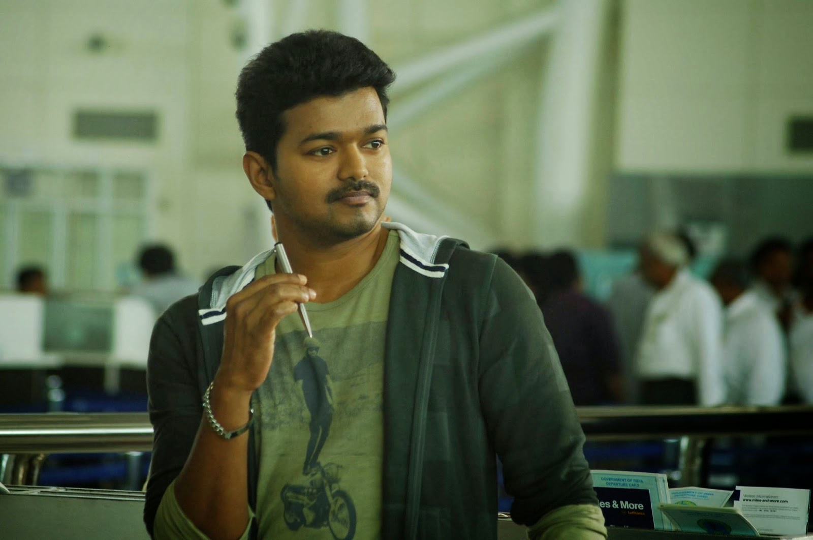 Vijay Movies Stills Vijay-samantha's Kathi Movie