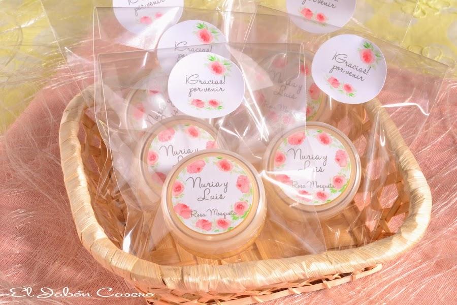 detalles de boda balsamos personalizados de rosa mosqueta