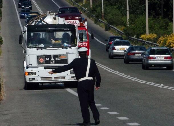 Σε ισχύ και αύριο η απαγόρευση κυκλοφορίας φορτηγών