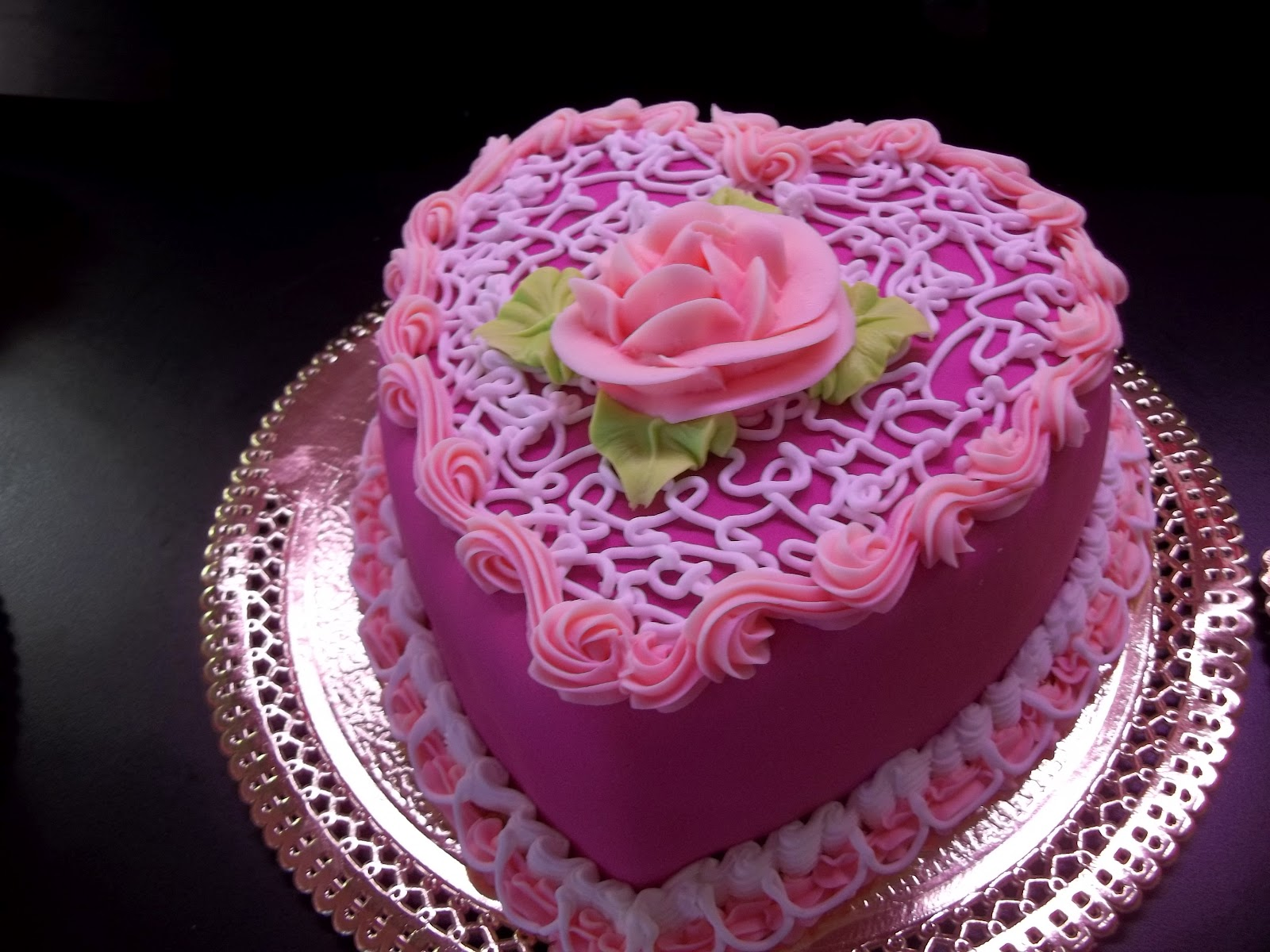 Birthday Cake Designs Love : Cake [grrls] cakery: Luxurious Birthday cakes