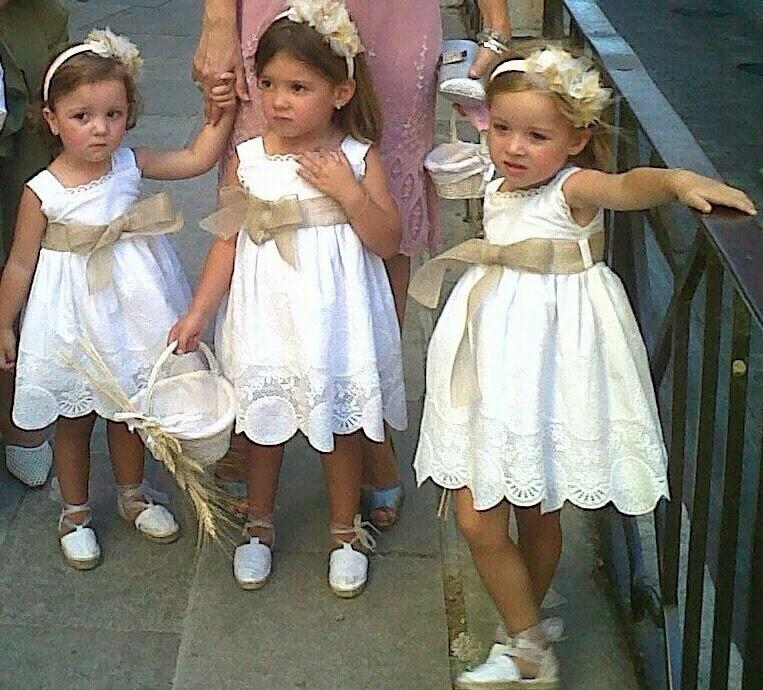EL CONSULTORIO niños de arras bien vestidos