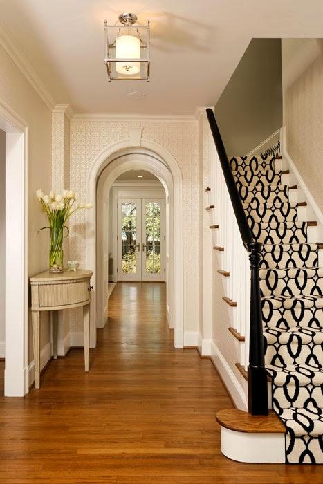 5 formas para mejorar las escaleras decorar decoraci n for Salas con escaleras