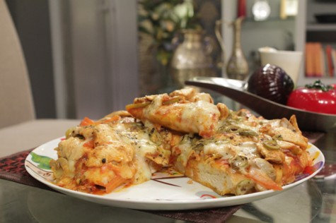 Pizza without oven recipe chef zakirs cooking pizza is one of my favourite food recipes in the past people used eat samosa pakora pakistaniindian food as a fast food and get delighted with these forumfinder