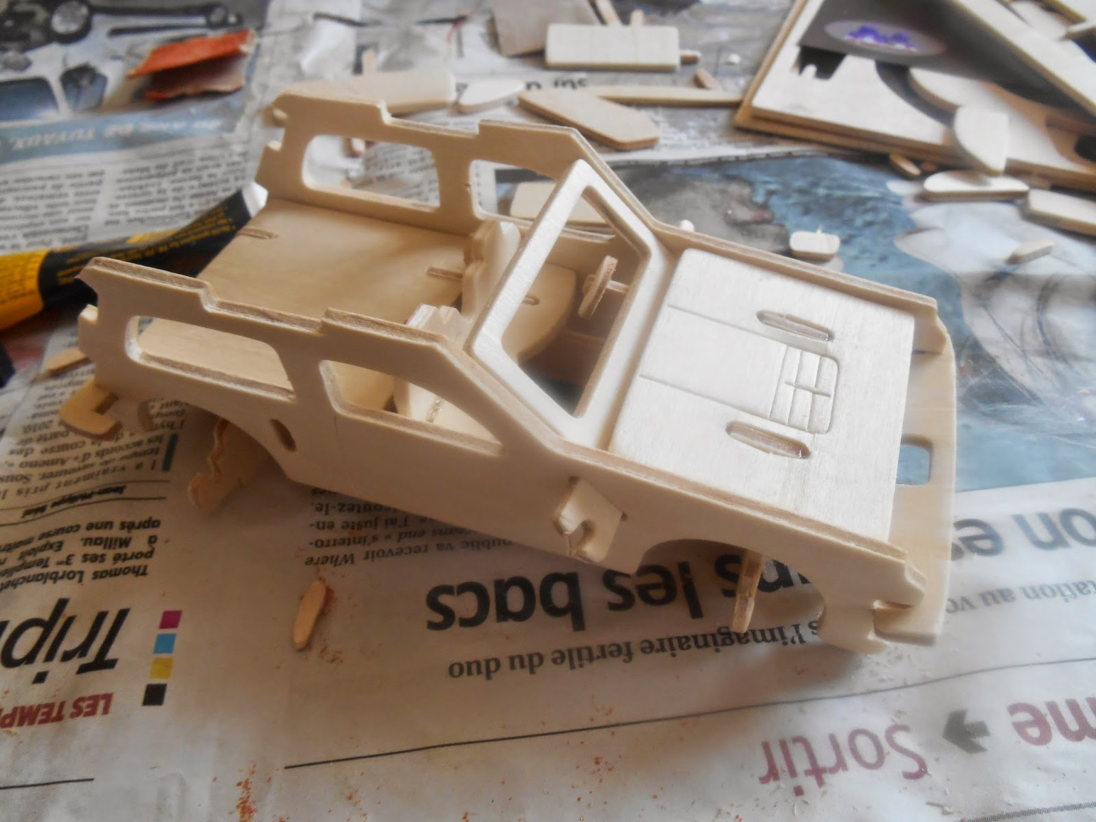 maquettes et miniatures maquette en bois r5 gt turbo rally. Black Bedroom Furniture Sets. Home Design Ideas